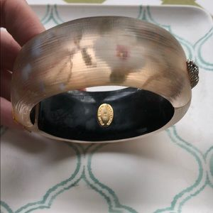 Alexis biter magnetic hinge cuff